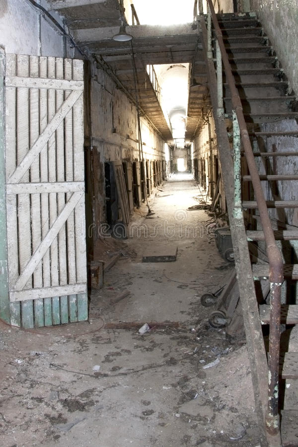 Despair: Hallway Of Abandoned And Decaying Prison Royalty Free Stock Images
