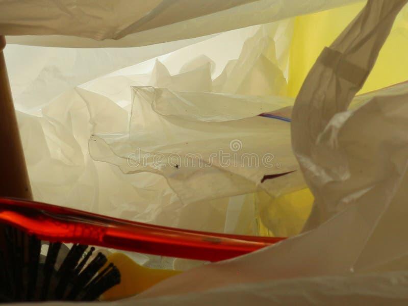 Desperdicios plásticos en imagen macra del bolso de plástico transparente imágenes de archivo libres de regalías