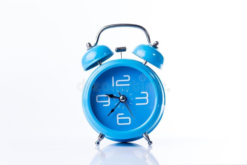 Despertador azul do estilo velho foto de stock