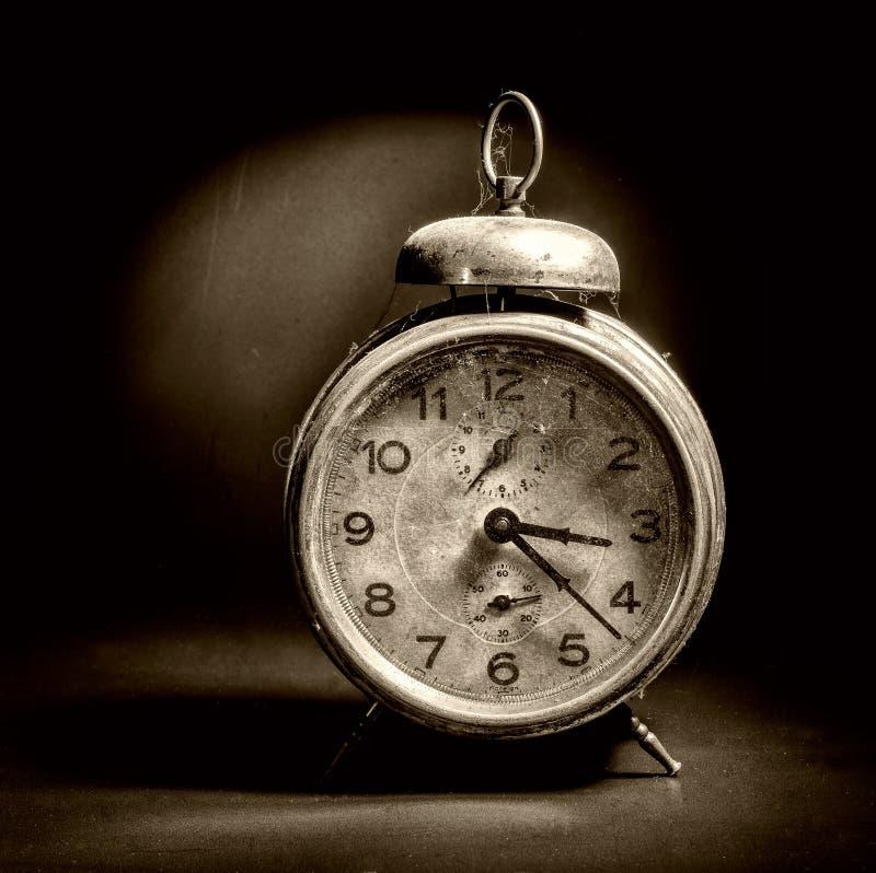 Download Despertador Del Vintage En Negro Imagen de archivo - Imagen de minuto, temporizador: 44857743