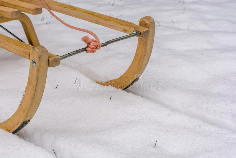 Después de las primeras nevadas, se utilizan los trineos imagen de archivo libre de regalías
