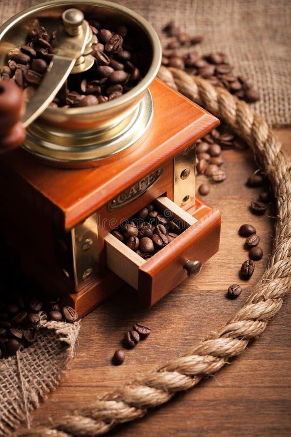 Download Dessert immagine stock. Immagine di aromatico, bastone - 117980431
