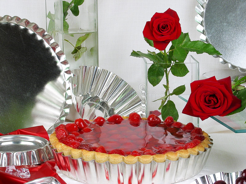 Dessert. Strawberry cake - view from above royalty free stock photos
