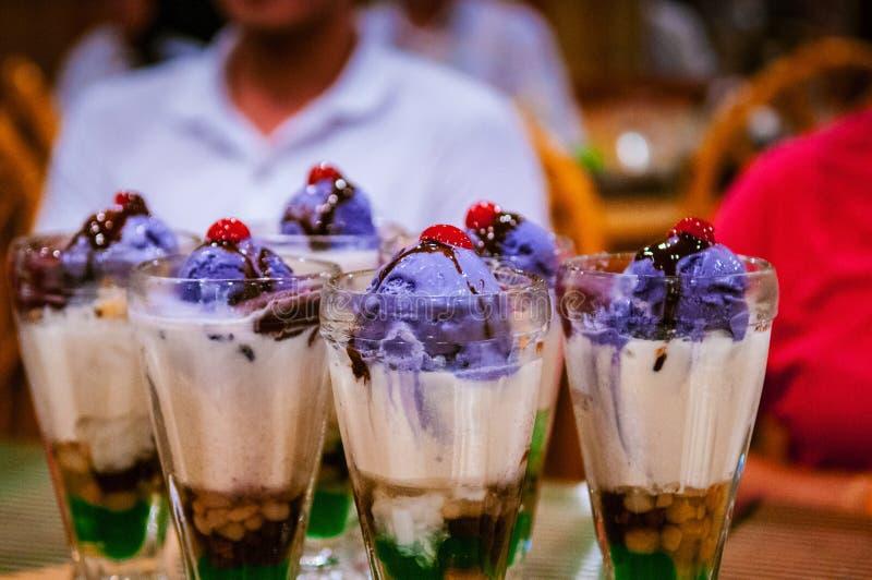 Dessert célèbre de Philippines de halo de halo photographie stock