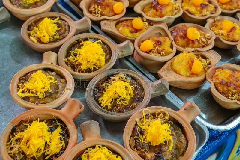 Dessert de crème anglaise de fèves de mung de noix de coco ou gueule Kaeng de Khanom image libre de droits