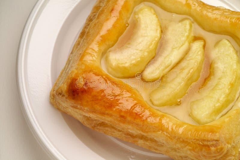Dessert de pâte feuilletée d'Apple photographie stock libre de droits
