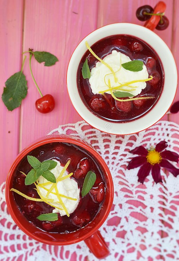 Dessert della ciliegia fotografie stock