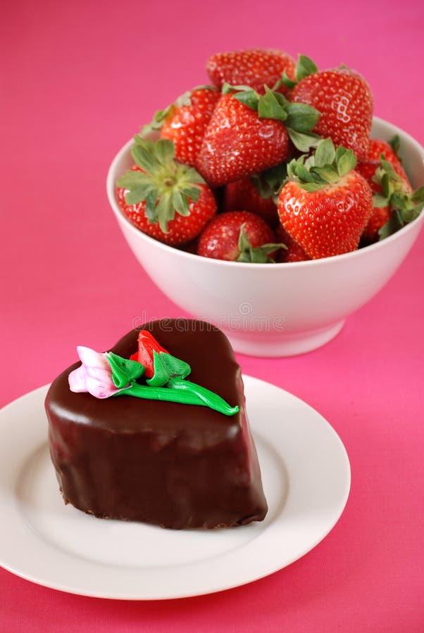 Dessert di giorno dei biglietti di S. Valentino fotografie stock libere da diritti