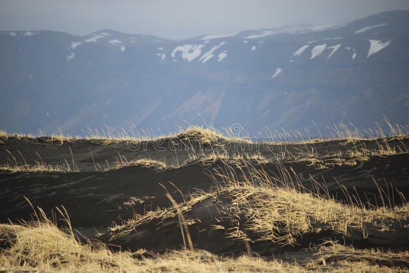 Dessert et volcan de route de l'Islande photo stock