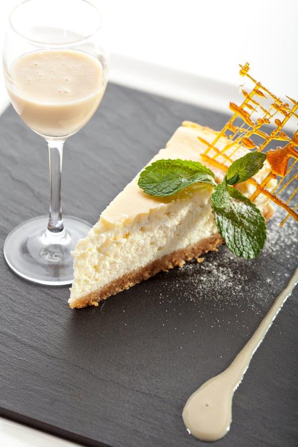 Dessert - gâteau au fromage photo libre de droits