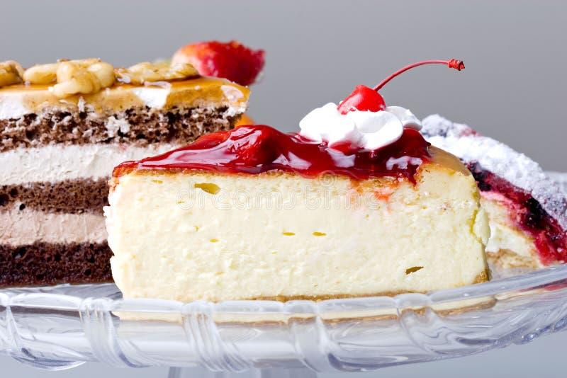Dessert gastronomico squisito della torta di formaggio della ciliegia fotografia stock