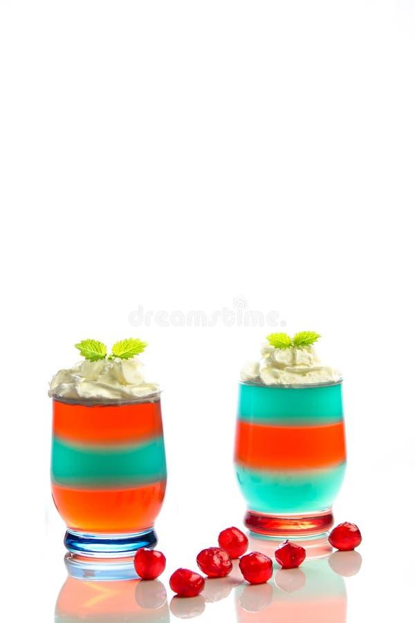 Dessert met gelei en slagroom stock fotografie
