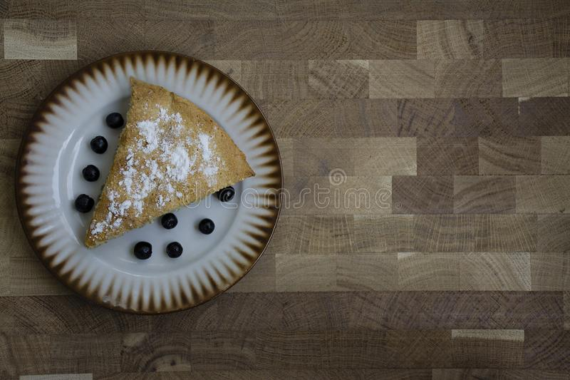 Dessert organico casalingo della torta di mele pronto da mangiare fotografia stock