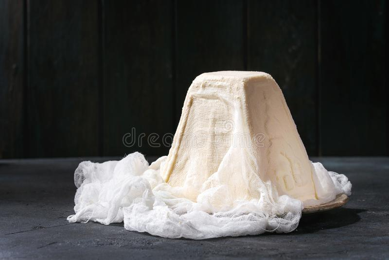 Dessert Paskha de fromage blanc images stock