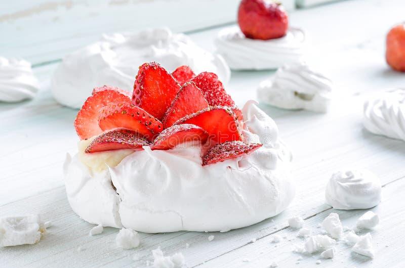 Dessert Pavlova stock afbeelding