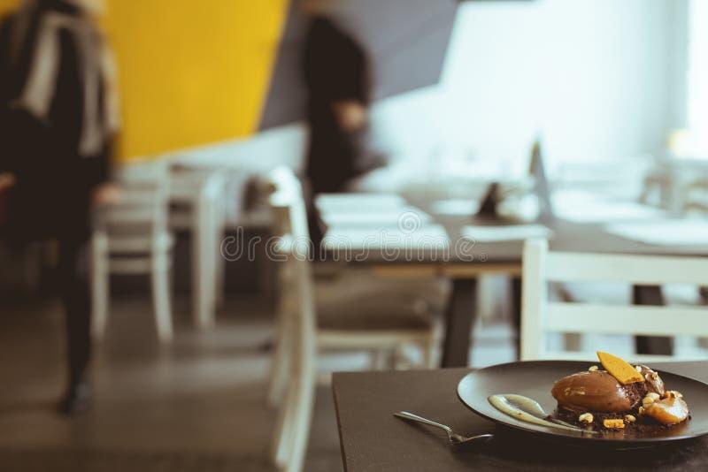 Dessert saporito in caffè fotografia stock