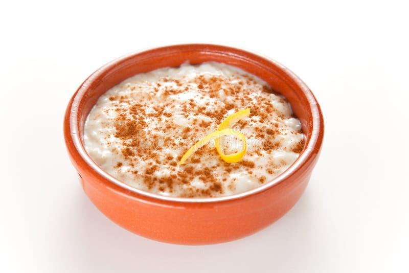 Dessert saporito del budino di riso della cannella fotografia stock