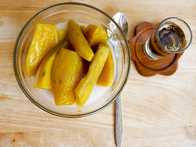 Dessert thaïlandais de patate douce images libres de droits