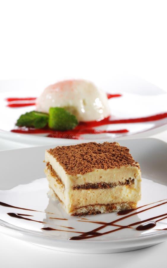 Dessert - torta di formaggio di Tiramisu fotografia stock libera da diritti