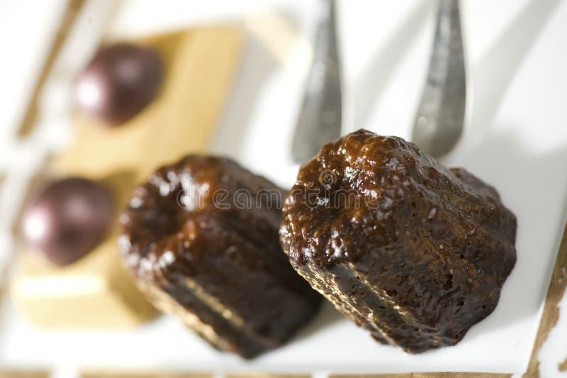 Dessert traditionnel français de Caneles de Bordeaux image stock
