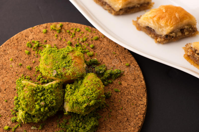 Dessert turc avec le fond spécial photo libre de droits