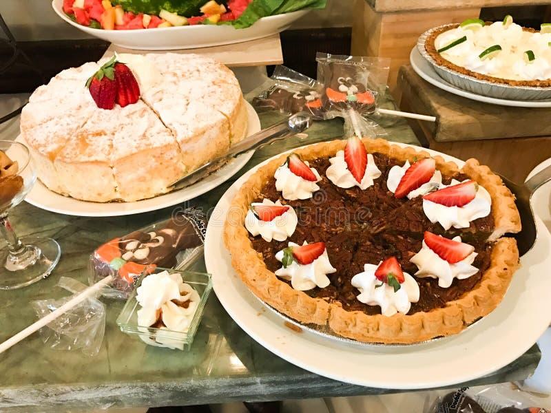 Dessertpost bij een Buffet royalty-vrije stock fotografie