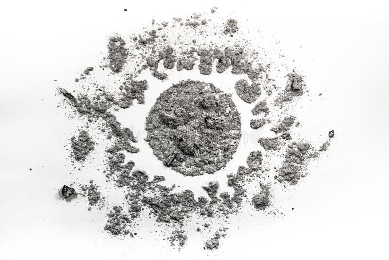 Dessin de Sun fait en poussière, saleté, cendre, sable comme lumière du soleil, univers, photos libres de droits