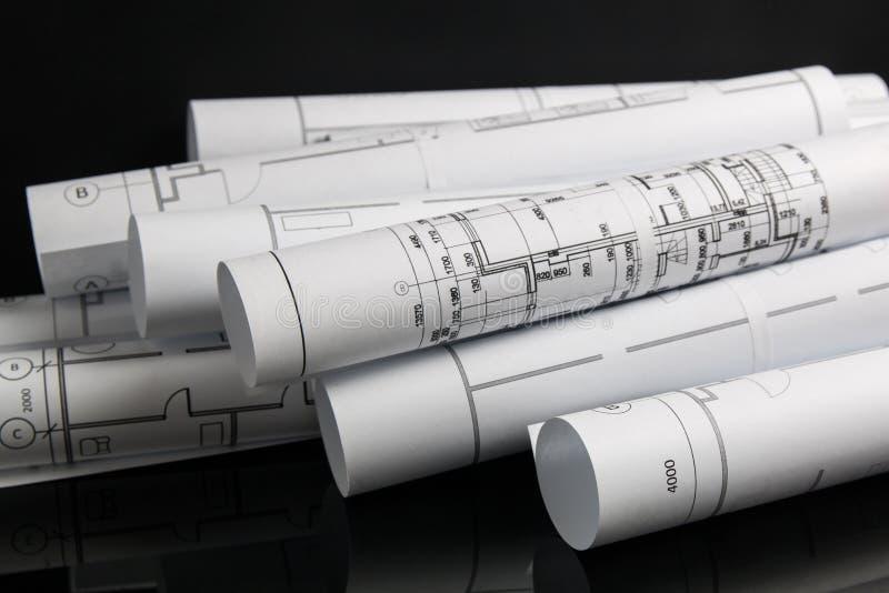 Dessins et modèle architecturaux de papier Modèle d'ingénierie photographie stock