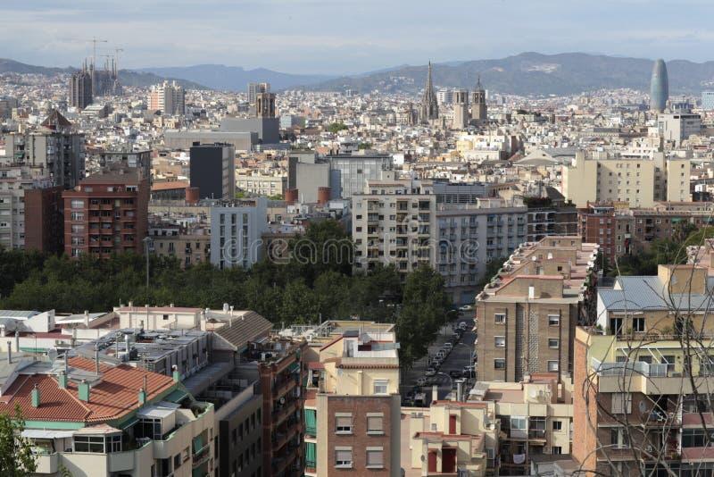 Dessus de toit des voisinages de Poblesec, raval et nés, Barcelone, Espagne images libres de droits