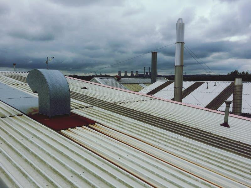 Dessus de toit industriels photos stock