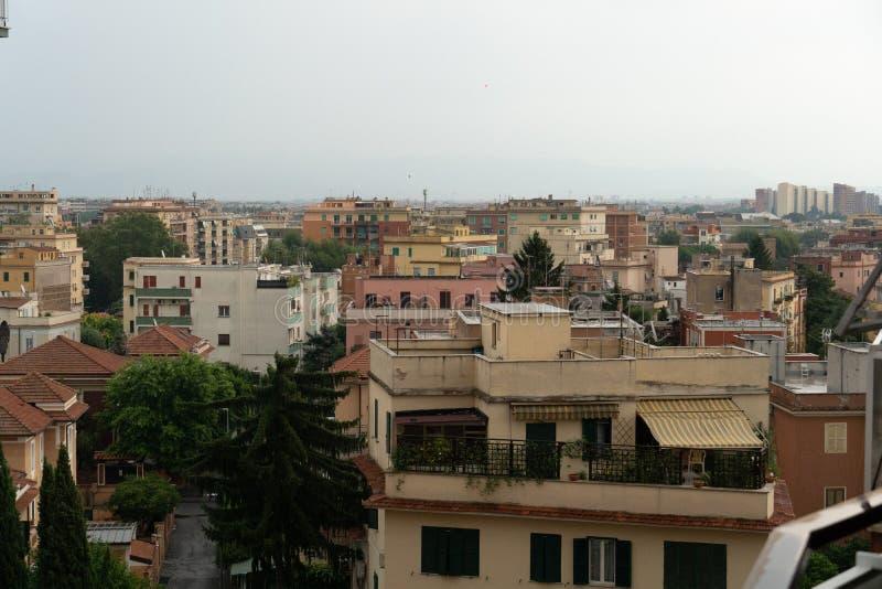 Dessus de toit de Rome image libre de droits