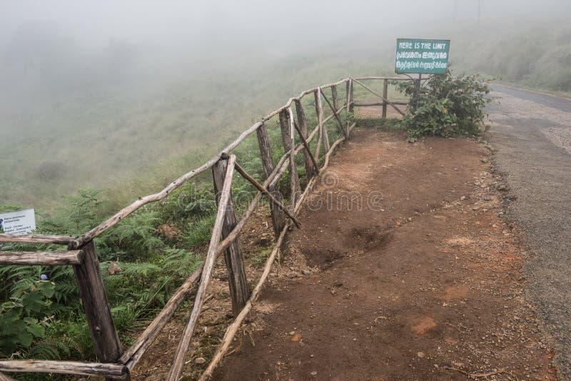 Dessus des collines de Nilgiri photographie stock