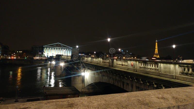 Destellos nocturnos fotografering för bildbyråer