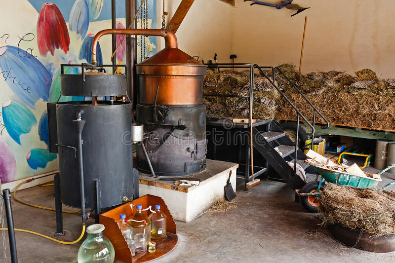 Destilaria da alfazema fotos de stock royalty free