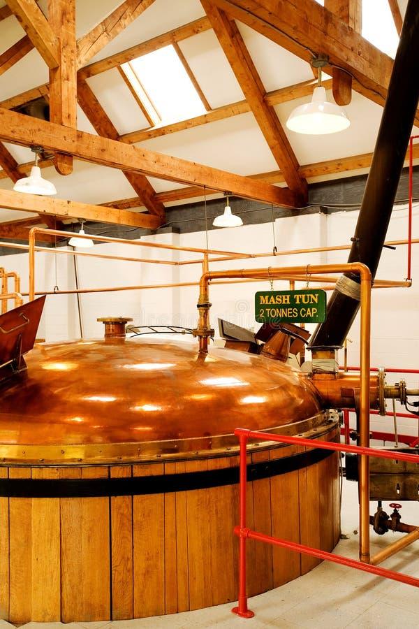 Destilaria do uísque foto de stock royalty free
