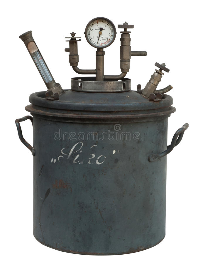 Destilaria velha isolada foto de stock
