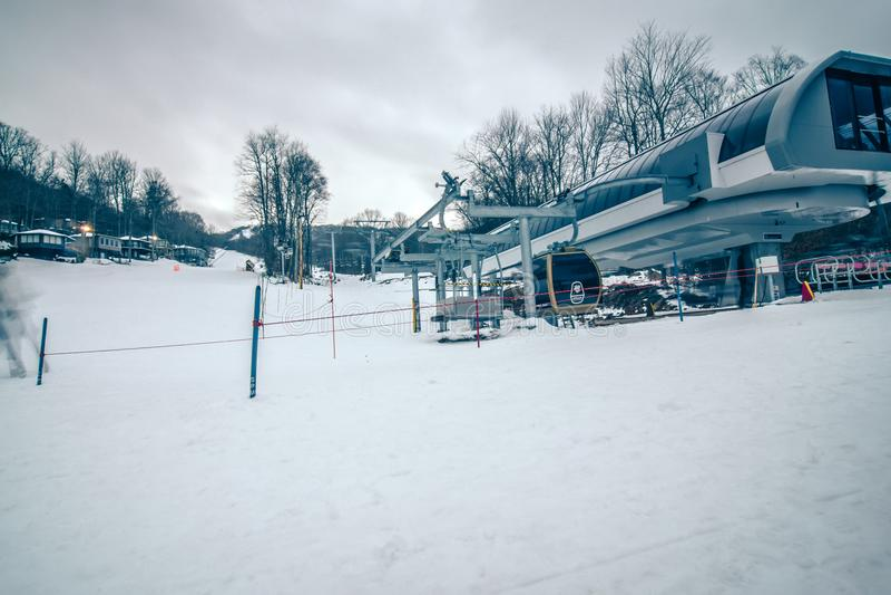 Destination de station de sports d'hiver de montagne de sucre de la Caroline du Nord image libre de droits