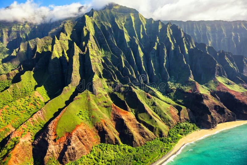 Destination naturelle Hawaï pour la côte de Na Pali image libre de droits