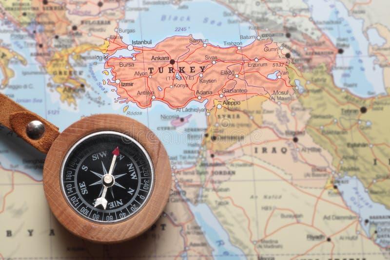 Destinazione Turchia, mappa di viaggio con la bussola fotografie stock libere da diritti