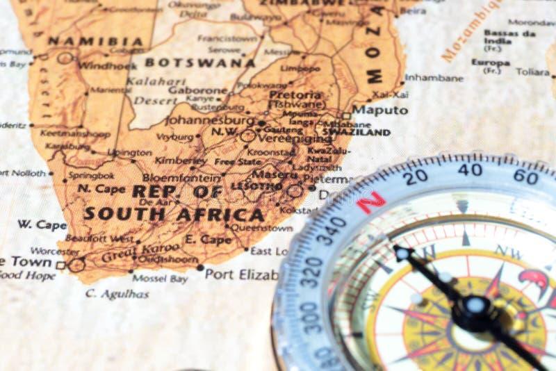 Destino Suráfrica, mapa antiguo del viaje con el compás del vintage imágenes de archivo libres de regalías