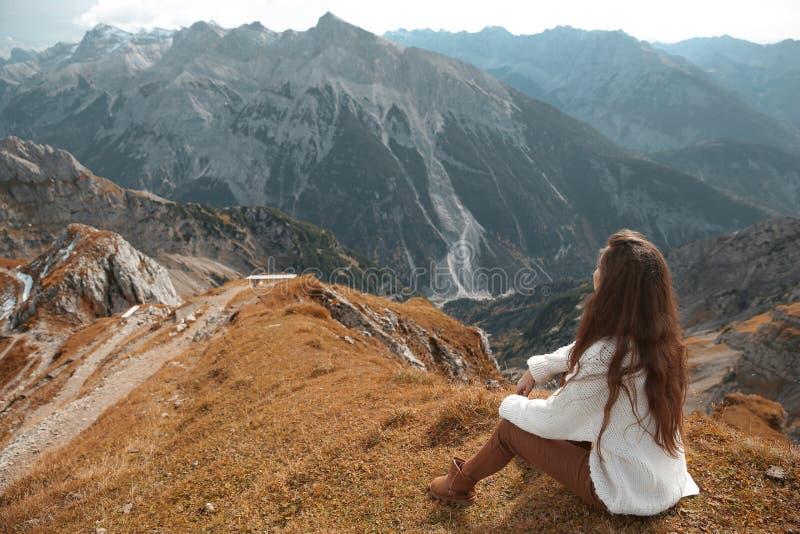 Destinos hermosos Solo banco sobre Ridge Mountain Nationa imagen de archivo