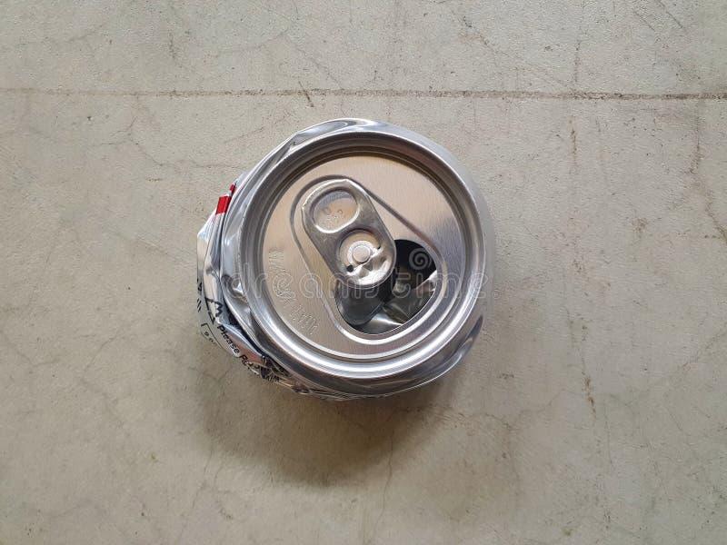 Destroy kann denn, Raum zu verringern, um sich in Abfall 09 zu setzen lizenzfreie stockfotografie