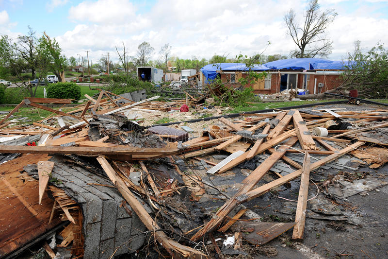 Download Destruction After Tornadoes Hit Saint Louis Editorial Photography - Image: 20658247