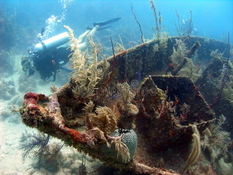 Destruição de um navio imagens de stock royalty free