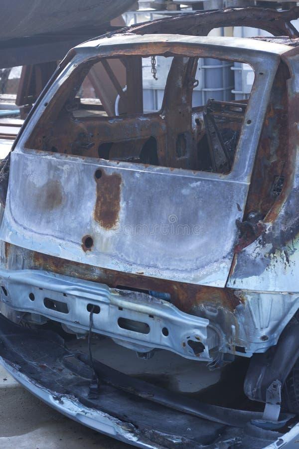 Destruição queimada do acidente de viação fotografia de stock