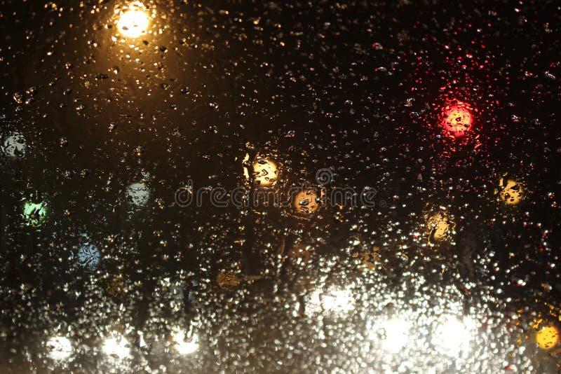 Deszczów zwroty śnieg na drodze zdjęcie royalty free
