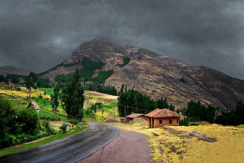 Deszczowy dzień w górach Peru zdjęcia royalty free