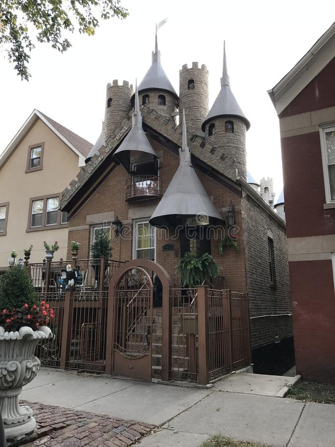 Det är den egentligen trevliga mini- slotten royaltyfri foto