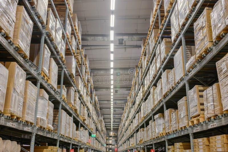 Det är en lagerköpcentrum royaltyfri fotografi