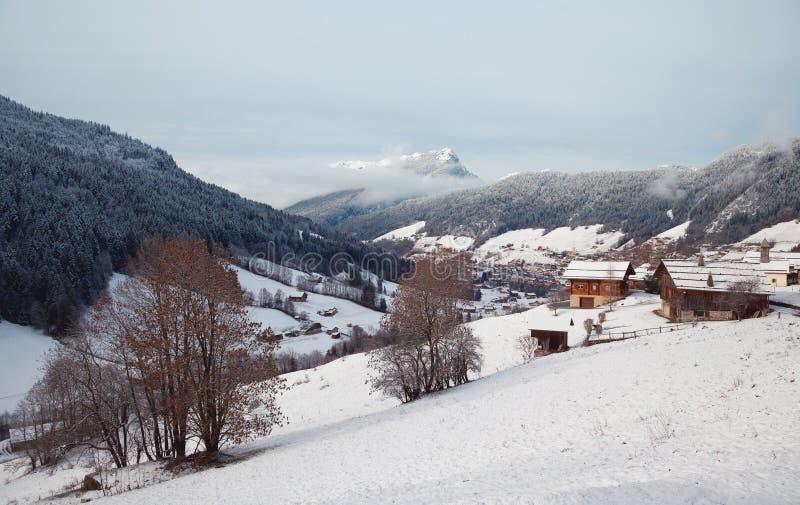 Det alpint landskap arkivfoto